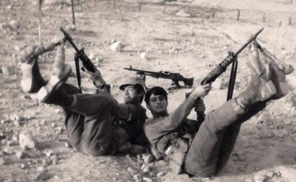 יוחאי אבני אלמסי ואלכס בק בערד 1971