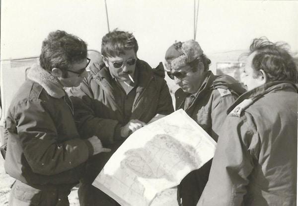 ספקטור מול הארמיה ה 2 תאומים עם מפקדים שכנים מקום ושמות