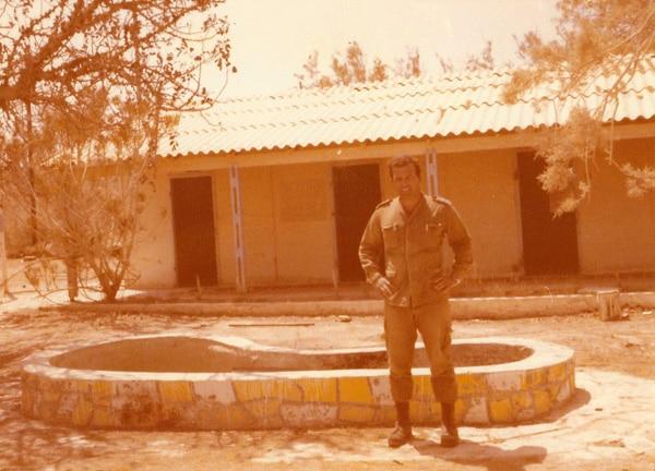 דביר פרד בבסיס סיירת שקד במשמר הנגב