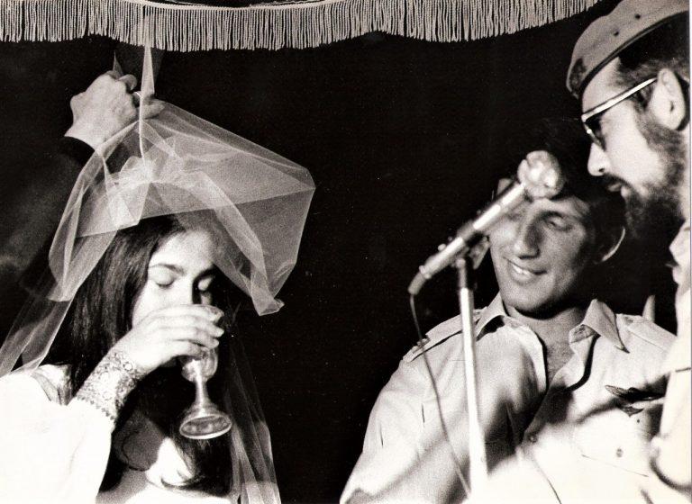 ושמוליק צוקר מתחתנים ביחידה ביוזמת אמציה חן פצי