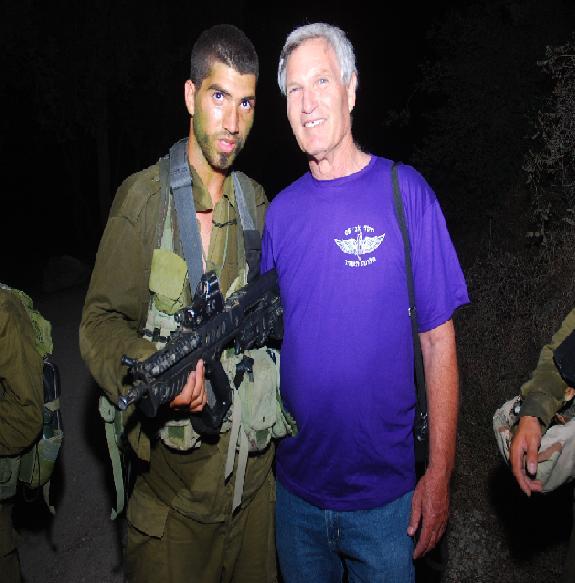 לדור ניר כהן ובנו אלעד במסע השבעה דרך בורמה 2010